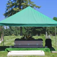 The graveside service can provide a serene and pure environment for your loved one's final goodbye.